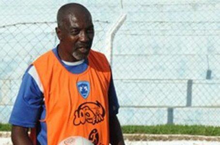 Com 41 anos de experiência na bola, Viriato Mendes é o novo técnico do Barretos