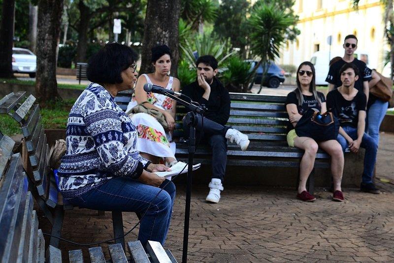 Vulnerabilidade da população negra é tema de aula pública na praça