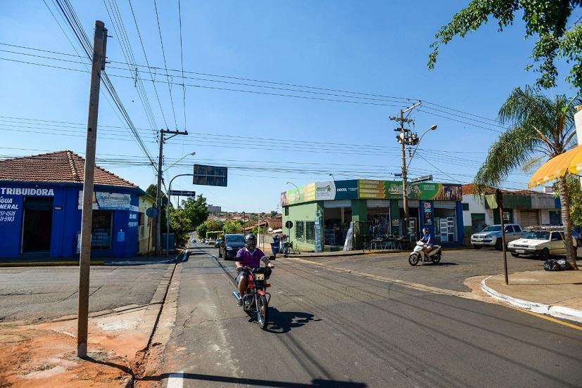 Prefeitura de Barretos instala três novos semáforos no Bairro Fortaleza