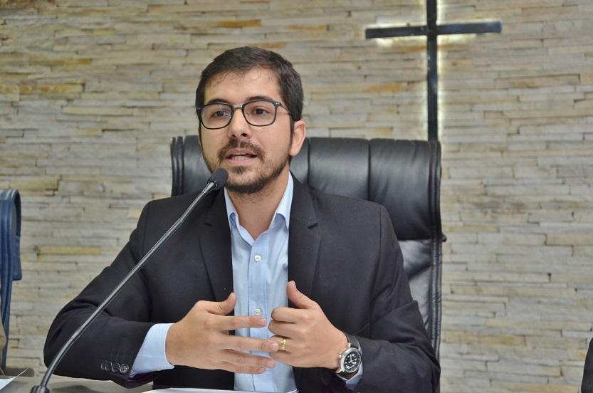 Vereadores aprovam lei que exige seguro-garantia em todas as obras licitadas de Barretos