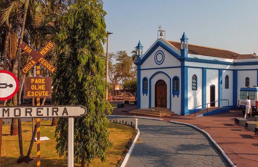Prefeitura entrega revitalização da Praça João Orloviks em Alberto Moreira