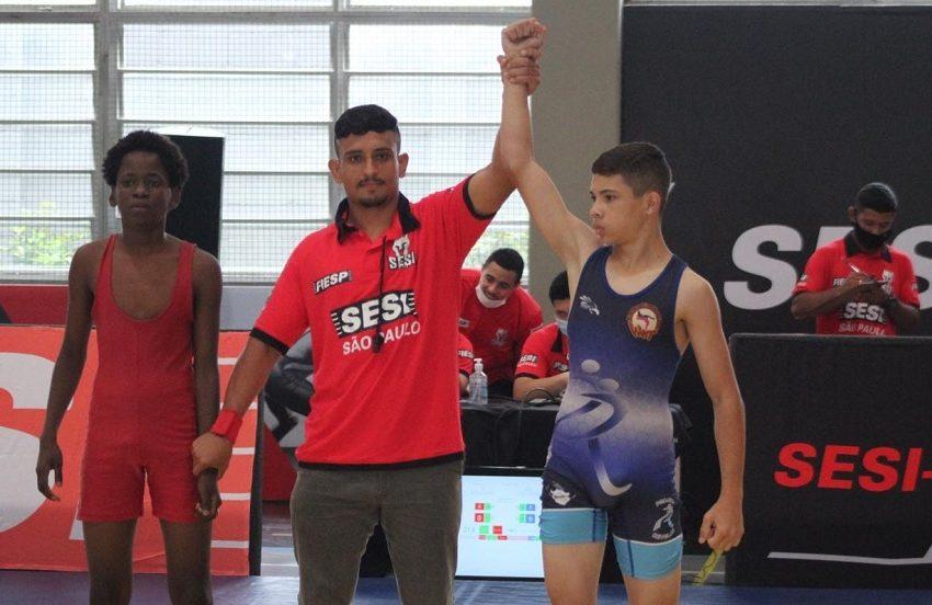 Equipe de luta olímpica conquista 15 medalhas em seletiva